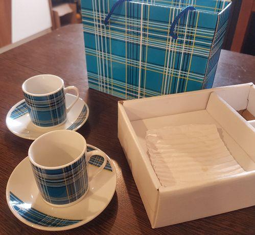 Set doua cesti cescute cafea ceai + cutie de cadou