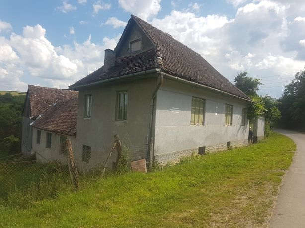 Vand urgent casa in comuna Saschiz