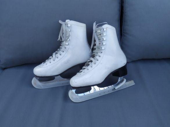 Дамски кънки за лед
