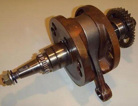 Ремонт на колянови валове на 2т 4т мотори и джетове