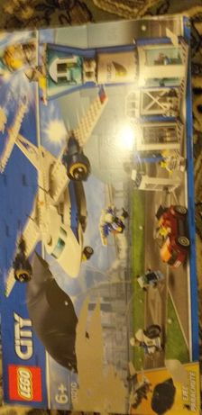 LEGO City Police - Baza politiei aeriene 60210