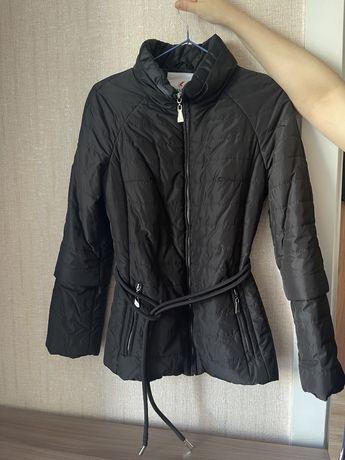 Продам женскую куртку!
