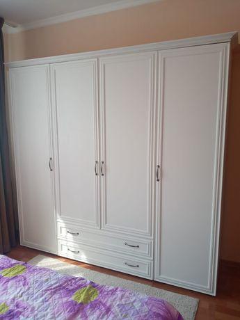 Продается шкаф для спальней комнаты