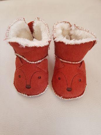 Incaltaminte ghetute papuci bebelusi H&M model vulpe - marimea 14/15