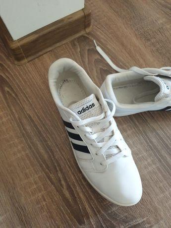 Adidași Adidas Originali  nr 39