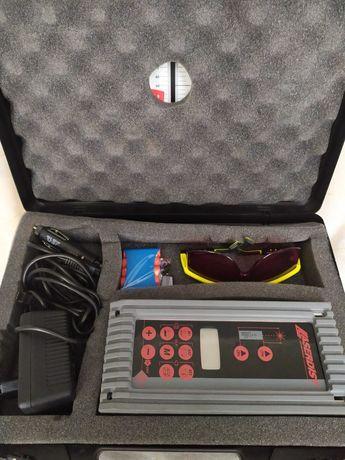 Колекционерски лазерен далекомер Leica Quadriga .