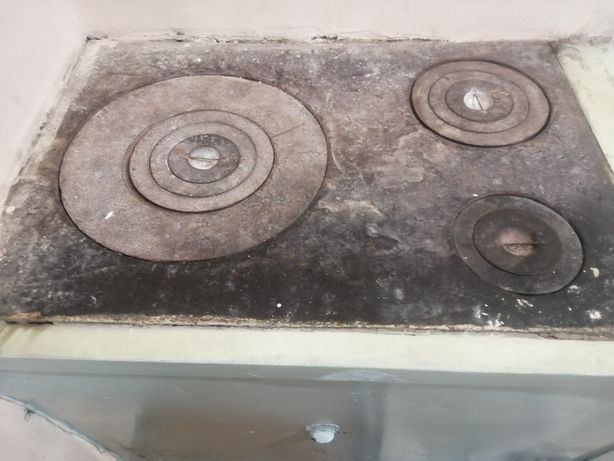 Чугунная печная плита