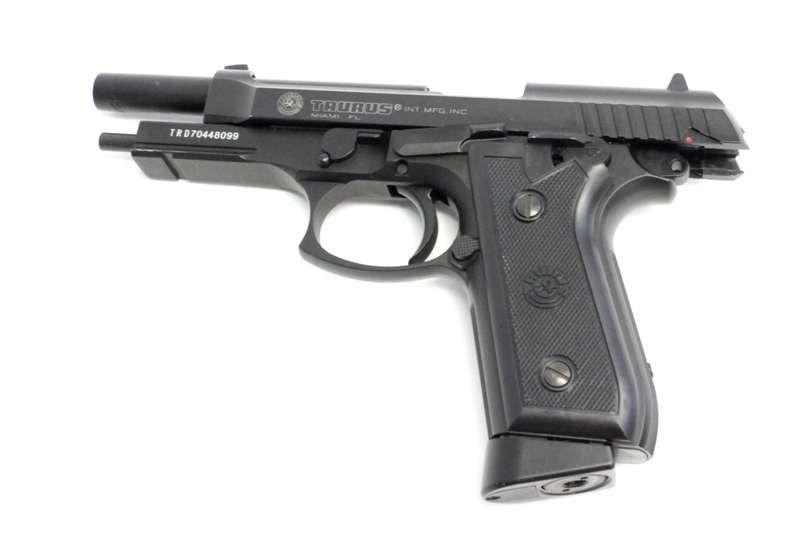 Pistol Taurus PT99 Full Auto FULL METAL 1J CO2-Cybergun
