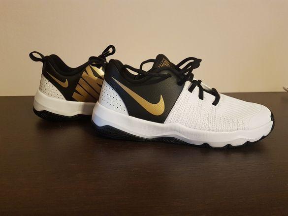 Маратонки Nike Team Hustle Quick Basketball