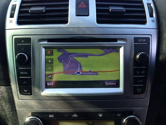 Навигация за тойота авенсис T27 2012г.