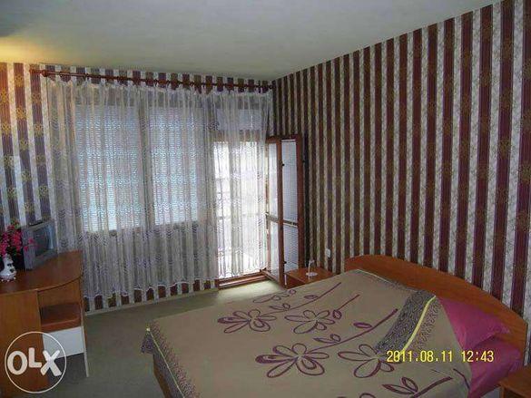 самостоятелни стаи 15 лв.за легло във Варна-нощувки-квартира