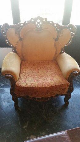 диван с 4 барокови кресла