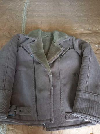 продается зимняя мужская куртка