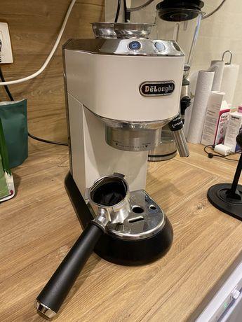 Продается рожковая кофемашина в идеал ном состоянии. На гарантии.