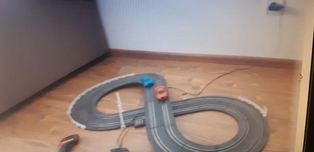 Pista curse auto
