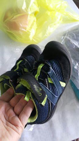 Детская обувь сандали кроксы пинетки сапоги