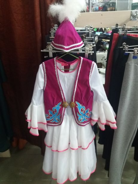 Казахский национальный костюм на девочку