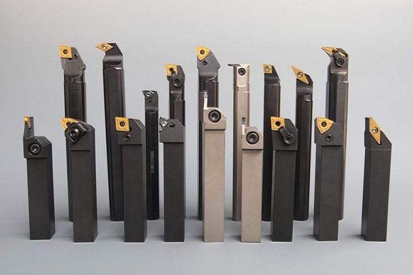 Стругарски ножове със сменяеми и запоени твърдосплавни пластини