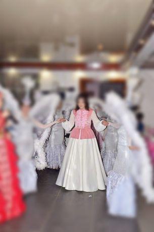 Продам платье оба за 150000 размер 46 цена договорная можно  раздельно
