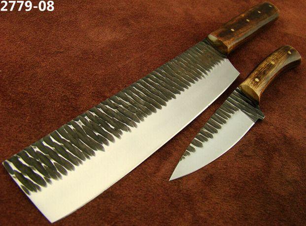 Două cuțite de bucătărie din oțel 1095 cu mâner din lemn de trandafir.