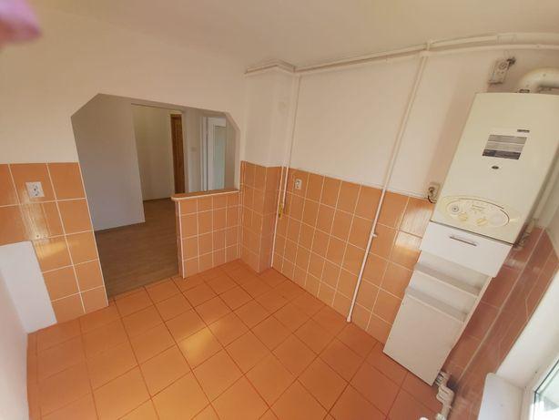 Apartament 3 camere renovat etajul 2 an M Ciuc
