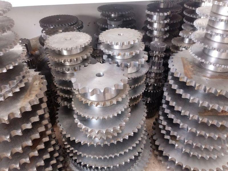 индустриални верижни зъбни колела с главина гр. Пловдив - image 1