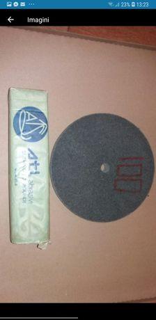 Set disc din pâsla cu grafit si pasta pt lustruire