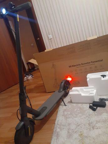Электросамокат новый в коробке.Срочно торг.