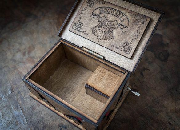 Дървена кутийка Хари Потър, harry potter музикална кутийка