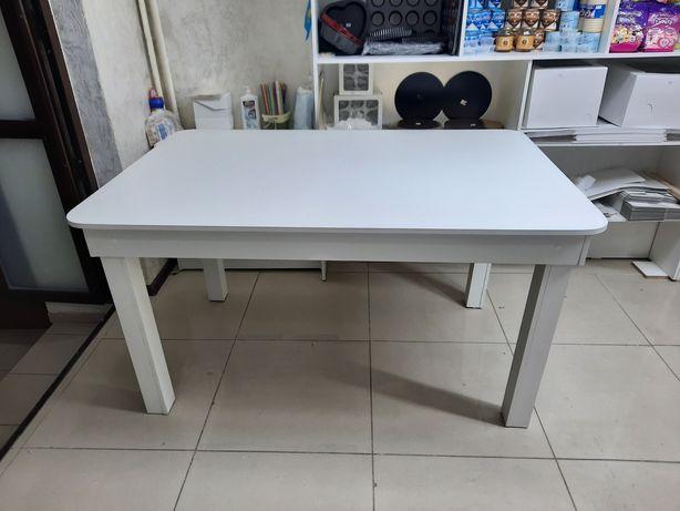 Белый стол новый