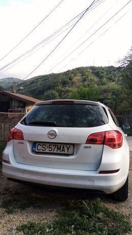 Opel Astra j 1.7 CTDI