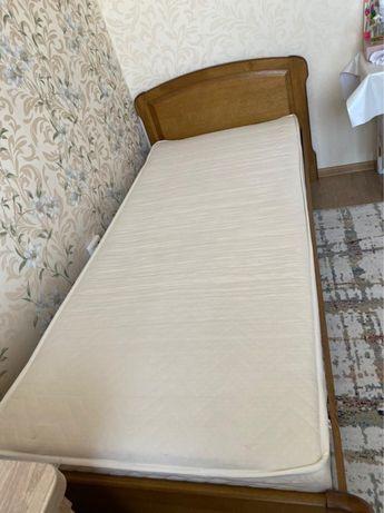 Деревянная белорусская кровать-полуторка