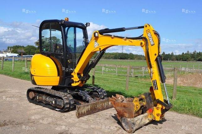 Inchiriat bobcat miniexcavator utilaje basculante buldoexcavator 4cx