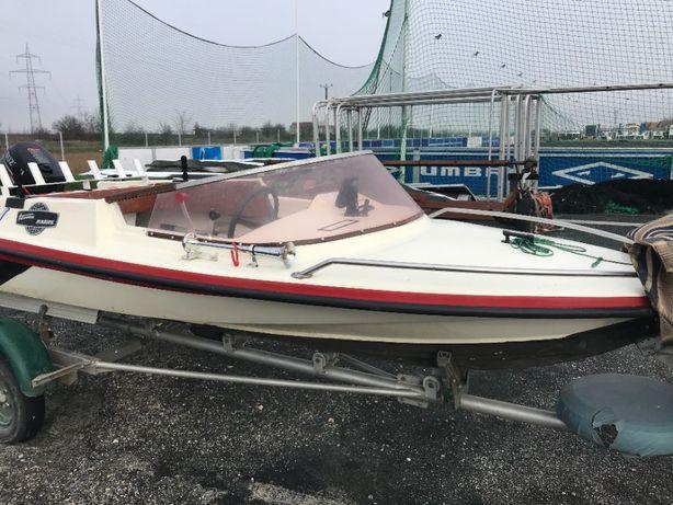 Barca fibra cu motor , peridoc , impecabila sau schimb