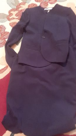 Тегін киімдер. Ер балаға рубашка, етік 22размер, зимний куртка.