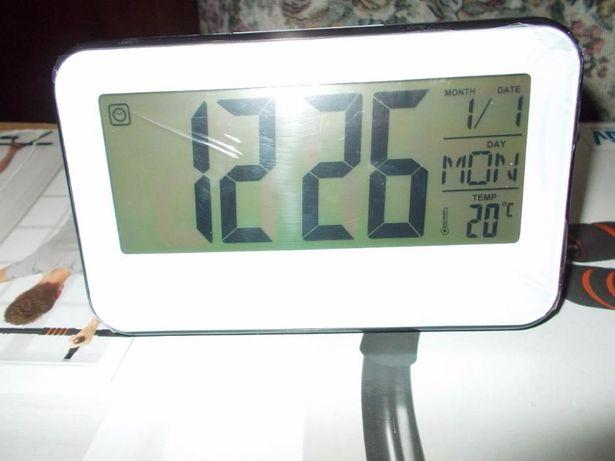 "ceas philips,ecran lcd 10"",alarma,termometru,senzor,ramburs"