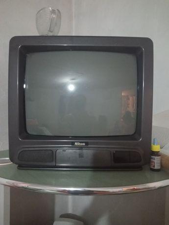 Продам телевизор кухонный