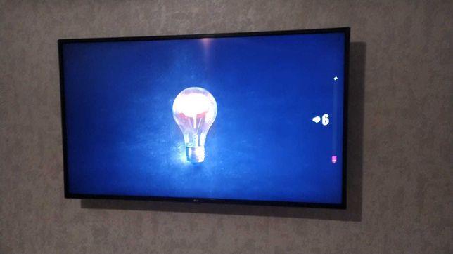 продам телевизор LG LED+ 107 см