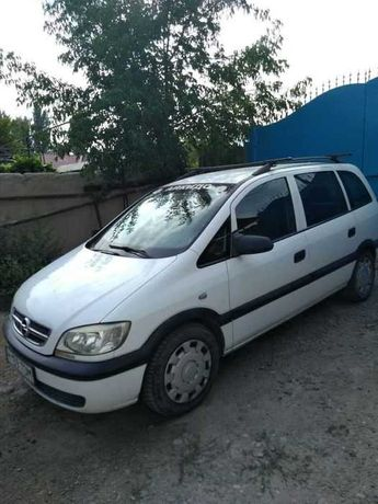 Продам автомобиль Opel Zafira минивен семь мест 2003