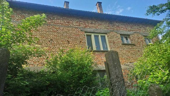 Продава се къща в Град Кнежа