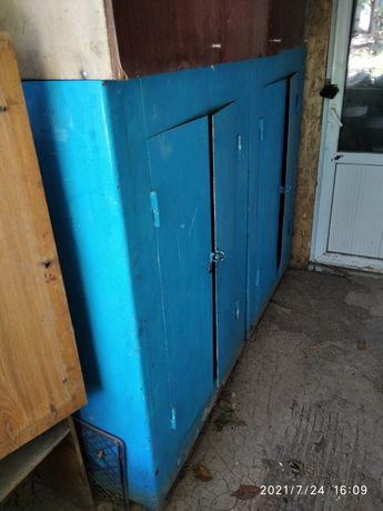 Шкафы металлические советские