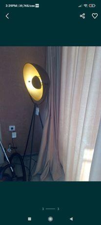Подова лампа -нова
