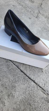 Продам хорошие туфли. Новые