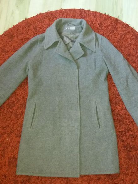 Хубаво палтенце -Размер М и Л