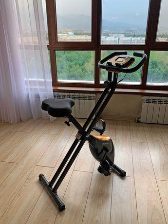 Велотренажёр XT150 для дома