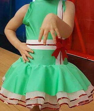 Rochita dansuri 4-5 ani