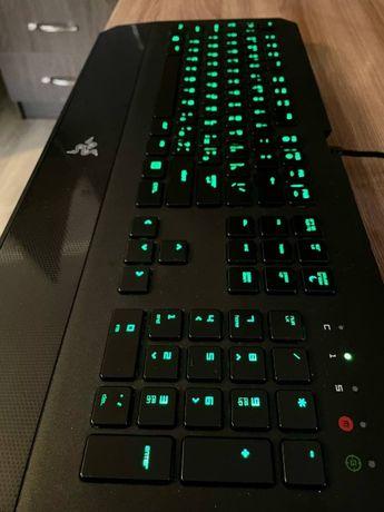 Продам клавиатуру Razer