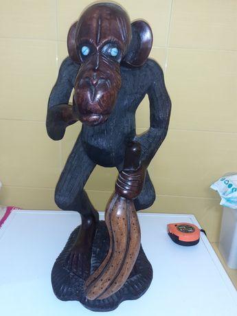 Sculptura cu maimuță din esenta tare abanos sau tec