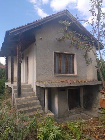 Къща село Средногорово