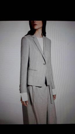 Продам MAX MARA Оригинал  комплект новый брюки и жакет